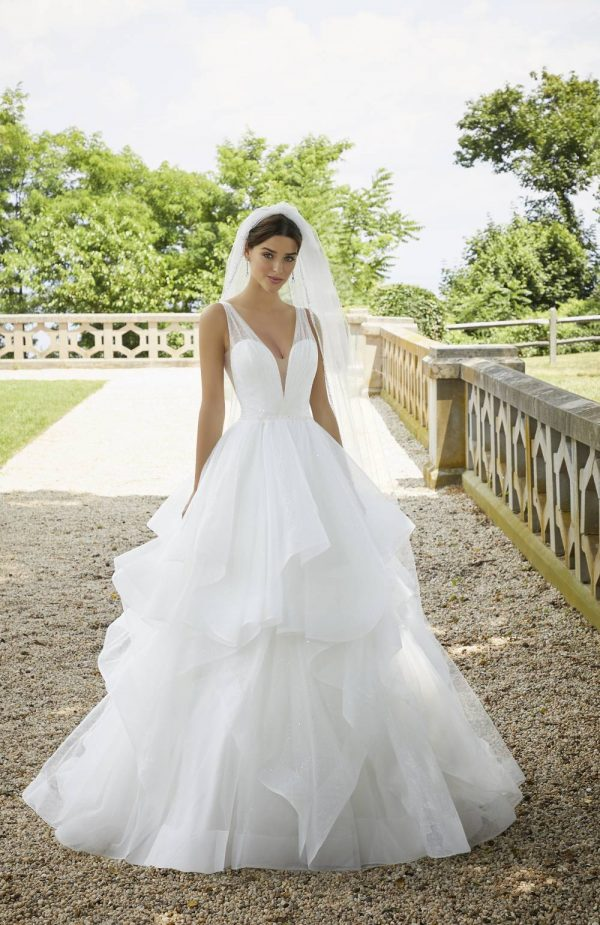 Blu wedding dresses 5818